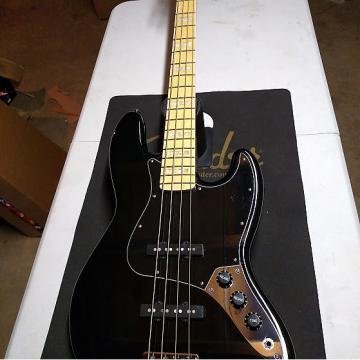 Custom Fender Squier Vintage Modified Jazz Bass '77  2016 black