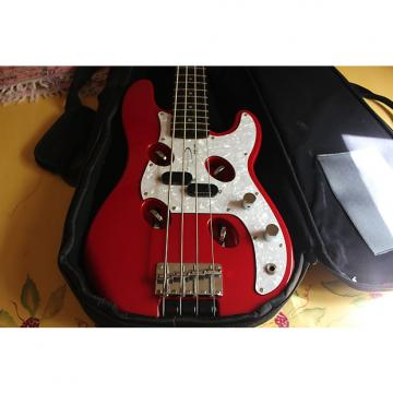 Custom Traveler Guitar TB-4P 4 string short scale bass Red