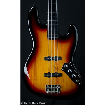 Custom Squier Vintage Modified Fretless 4 String Bass in Sunburst