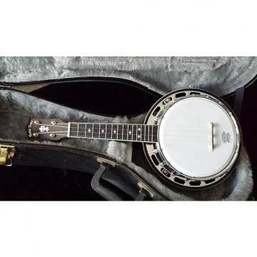 Custom Gold Tone Banjolele Deluxe circa 2010, with hardshell case