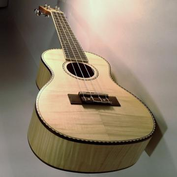 Custom Amahi Classic Series Concert Ukulele, Flamed Maple Top UK550C