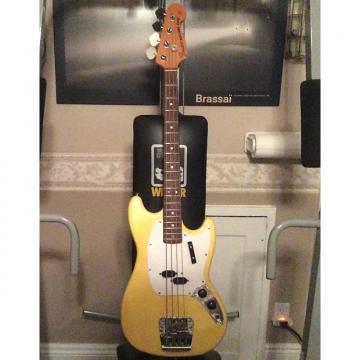 Custom Fender Mustang Bass Vintage 1971 Yellow