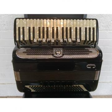 Custom Giulietti F115 LMMH 120 bass accordion