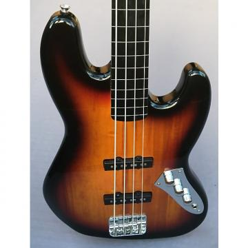 Custom Squier r Vintage Modified Fretless Jazz Bass In 3-Color Sunburst