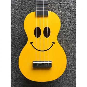 Custom Mahalo Ukulele Smiley Yellow