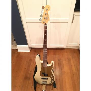 Custom Fender Deluxe Active P Bass Special