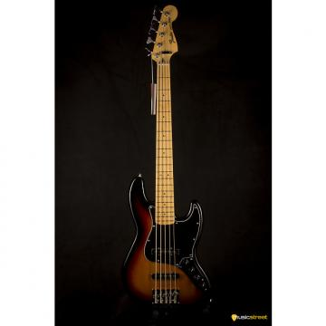 Custom Fender Deluxe Active Jazz Bass V Maple neck, 3 tone Sunburst
