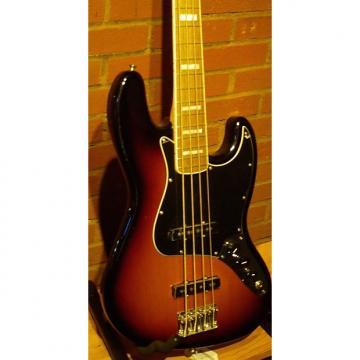 Custom Fender Classic Series '70s Jazz Bass 2014 3 Color Sunburst, Rosewood fingerboard