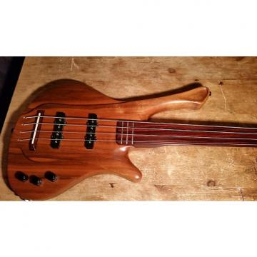 Custom Garz Fretless Bass with 3 frets at top for slap and slide technique, Jaco Pastorious fender sounds