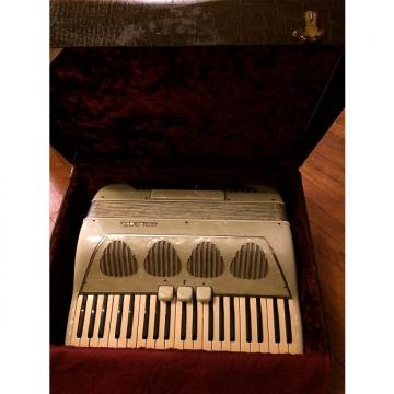 Custom Vintage Italian White Pearlescent Galanti Accordion 41 Note 120 Bass w/Original Galanti Case-Made in