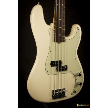 Custom Fender American Professional Precision Bass Rosewood fingerboard, Olympic White