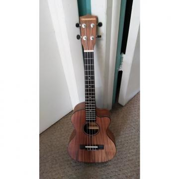 Custom Crossroads  Acoustic electric uke 2017 Nat laminate