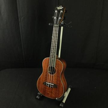 Custom Oscar Schmidt OU220SWK Concert Ukulele w/ Hardshell Case (B1-Stock)
