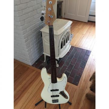 Custom Fender American Standard Jazz Bass 1999 Olympic White. HG Thor Epoxy Fretless.