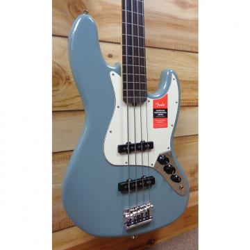 Custom New Fender® American Professional Jazz Bass® Fretless Rosewood Fingerboard Sonic Gray w/Case