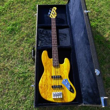 Custom WYSOCKI - SPALTED ALDER J BASS 2017 Aztec Gold