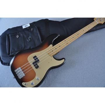 Custom Fender Classic Series '50s Precision Bass Sunburst - Includes Gigbag