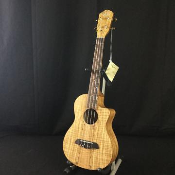 Custom Oscar Schmidt OU8TLCE Tenor Ukulele (B1-Stock)