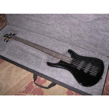 Custom Roscoe LG3000 Lined Fretless Bass 2006 Black