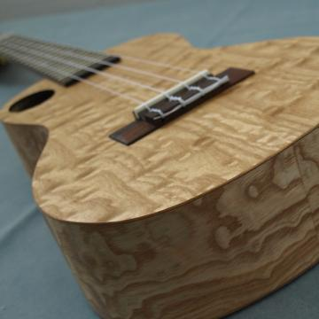 Custom Snail Ukulele Quilted Ash Concert Quilted Ash