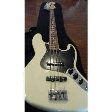 Custom Fender American Speical Jazz Bass 2011 Olympic White