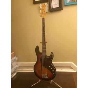 Custom Line 6 Variax 700 Bass