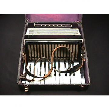 Custom Vintage Unknown Maker 12 Bass Accordion in a Case as-is