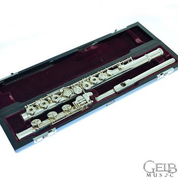 Custom Used Yamaha 600 Series Professional YFL-674 (EC) Solid Silver Open-hole Flute - Offset G - Split E -