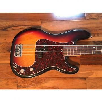 Custom 2000 Fender American Standard P-Bass