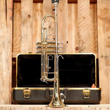 Custom Bach Soloist Student Trumpet Outfit *Rental Inventory Closeout* 2010's Brass Lacquer