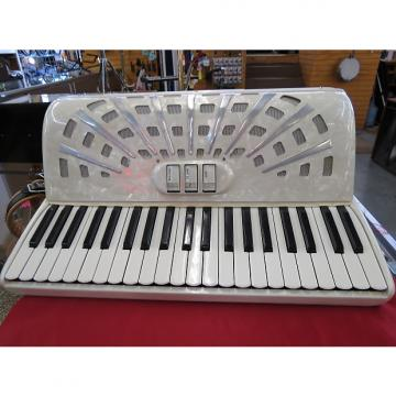 Custom Video  Accordion 50s-60s White Pearlescent
