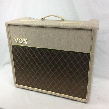 Custom Vox AC15HW1 Handwired Guitar Combo Amp
