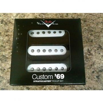 Custom Fender Custom Shop '69 Pickups Stratocaster White