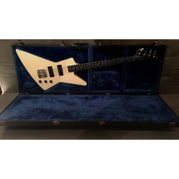 Custom Gibson Explorer Bass 1987 White