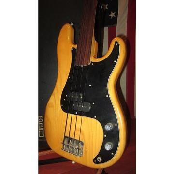 Custom Vintage 1978 Fender Precision Bass Original Fretless