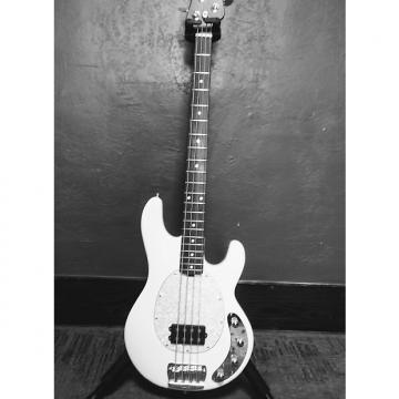 Custom Music Man Stingray  White
