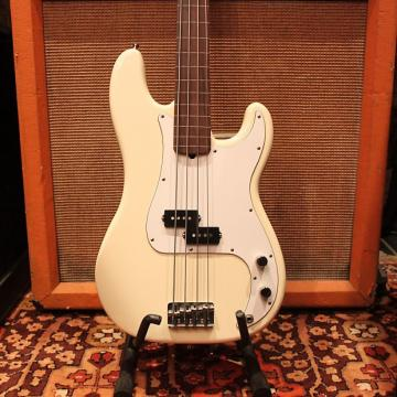 Custom 1995 Fender Precision Fretless Bass White USA Standard Guitar Jazz w/OHSC