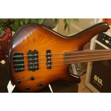 Custom Sandberg fretless bass Burst