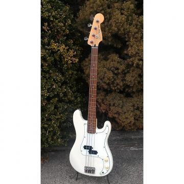 Custom 1987 Squier by Fender Bullet 1 P Bass  White MIK