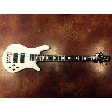 Custom Spector Spector EURO5WH Euro5 White Gloss Bass Guitar, Chrome Hardware - EMG Pickups 2016 white/chrome
