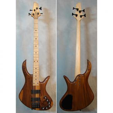 Custom Benavente DCD Bass