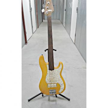 Custom Custom Fender Precision-style fretless Orange