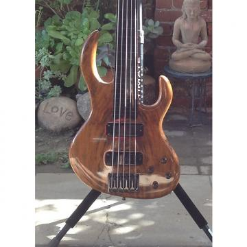 Custom Celinder Custom Fretless 5 1999 walnut