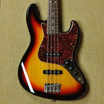 Custom Fender Japan '62 Reissue Jazz Bass - MIJ - Sunburst