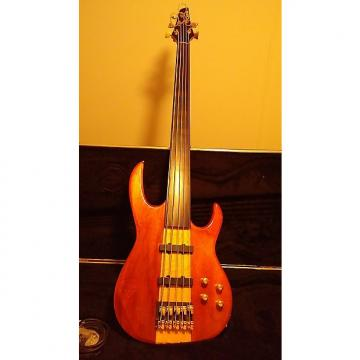 Custom Carvin 5 string Electric neck thru bass 1995 natural