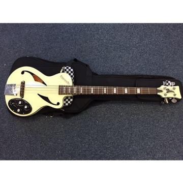 Custom Italia Maranello Z Bass guitar – Cream - Inc Italia Gig bag - B Stock Bargain