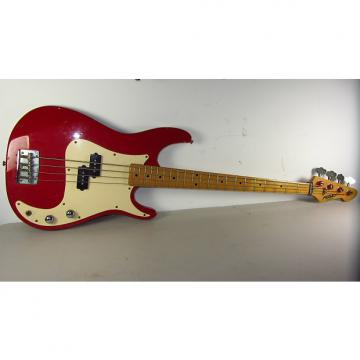 Custom PEAVEY FURY (RED) BASS GUITAR