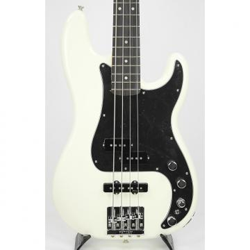 Custom Fender Deluxe Active P Bass Special Olympic White w/Gigbag