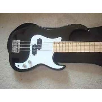 Custom Samick Greg Bennet Corsair Bass ? Black / White