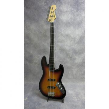 Custom Squier  Vintage Modified Jazz Bass Fretless   3-Tone Sunburst